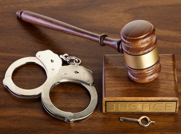 Адвокат в суде первой инстанции по уголовным делам